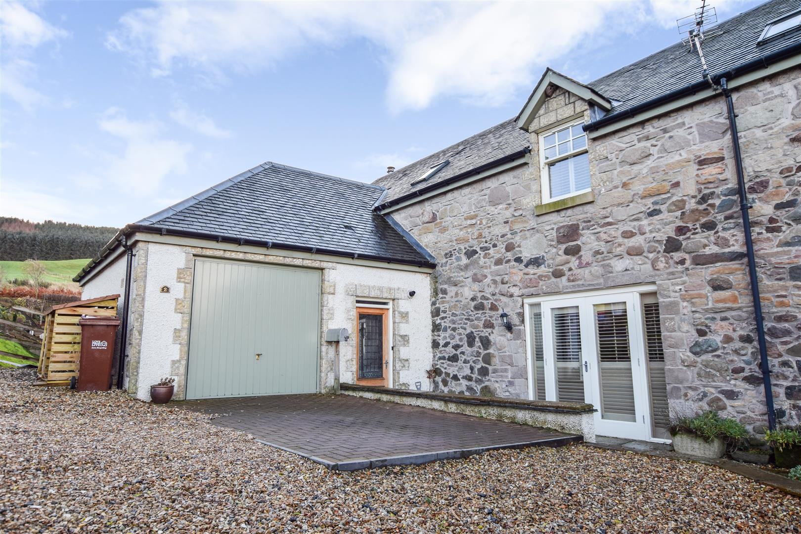 2, Rossie Steadings, Dunning, Dunning, Perthshire, PH2 0GA, UK